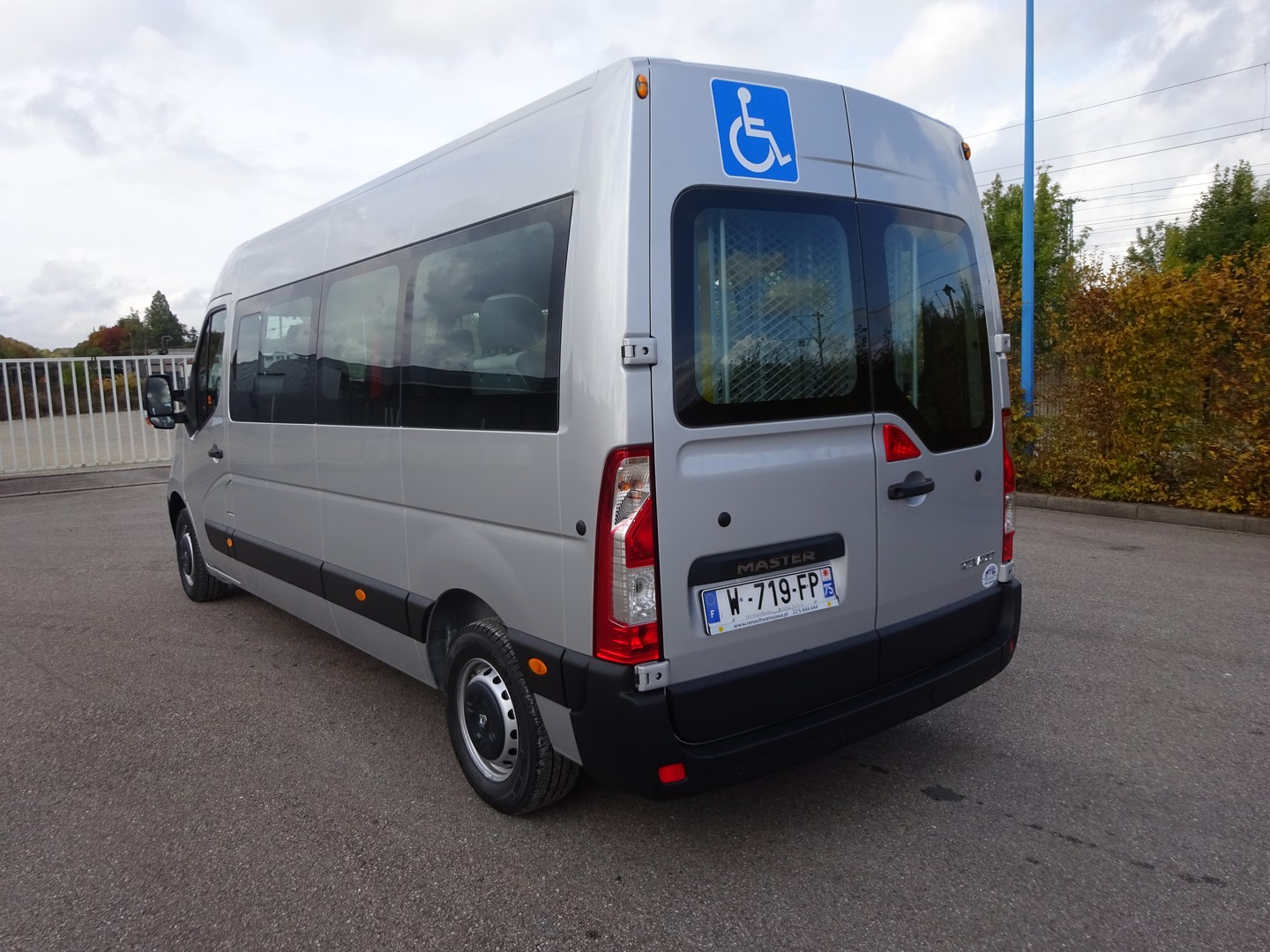 Renault Master L3h2 New 5 Wheelchairs 4 Seats